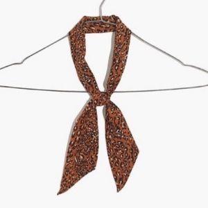Madewell Scarf in Leopard Warm Nutmeg